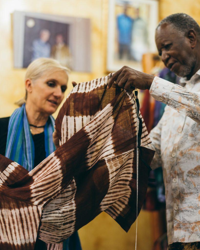 колоборация Dior и африканского дизайнера