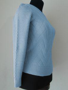 джемпер (кофта) голубая