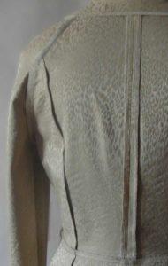 деловой костюм из жаккарда обработка швов