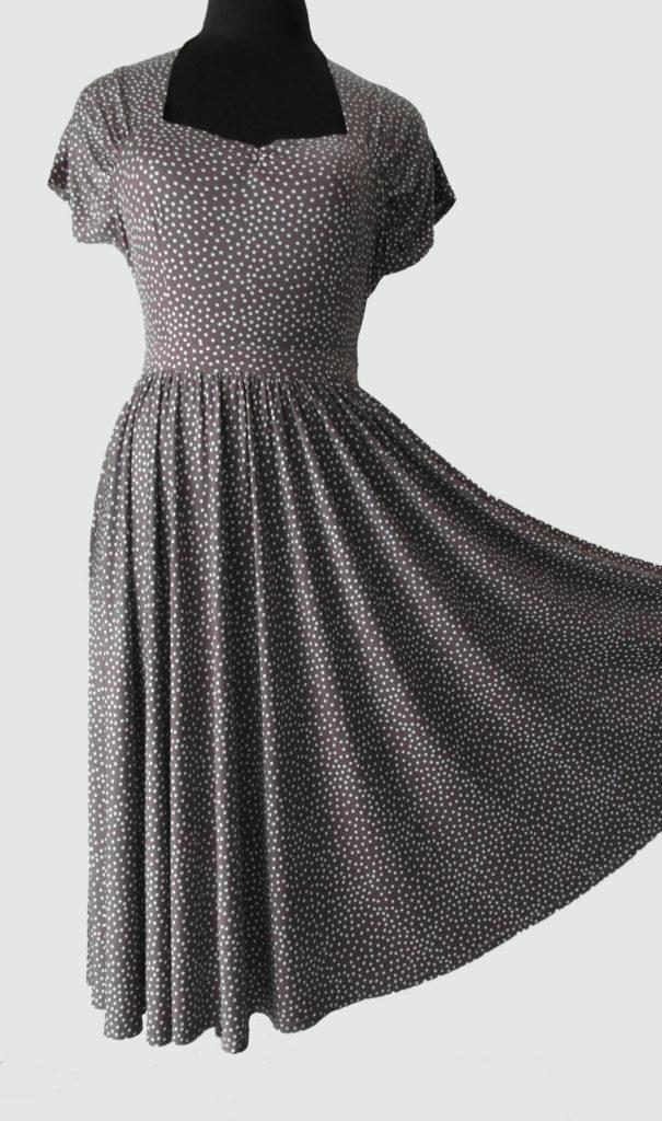 Платье в горошек, юбка солнце